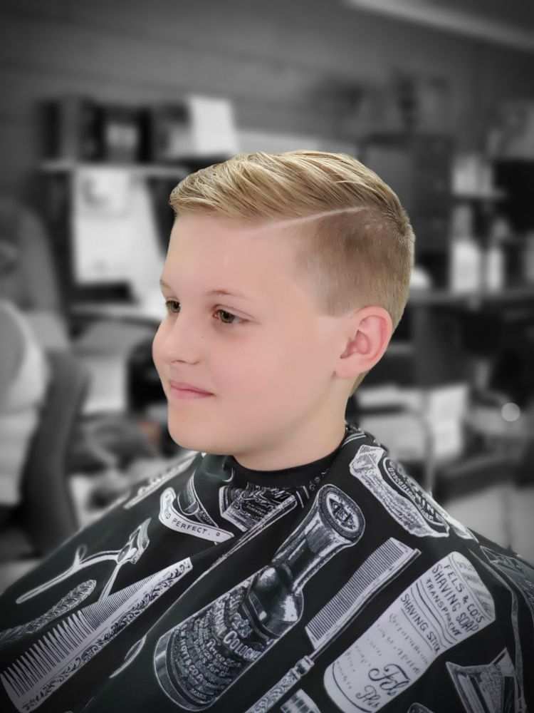 Hair Designs and More with Nikki: 315 Beaverdam Rd, Williamston, SC