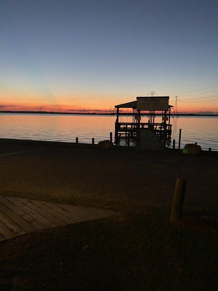 Lake Limestone Campground and Marina: 100 Private Rd 5888A, Jewett, TX