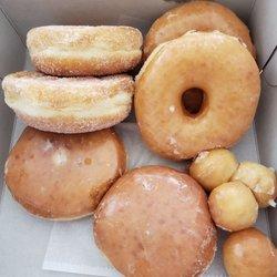 Donut Star 26 Photos 58 Reviews Bakeries 13165 Jamboree Rd