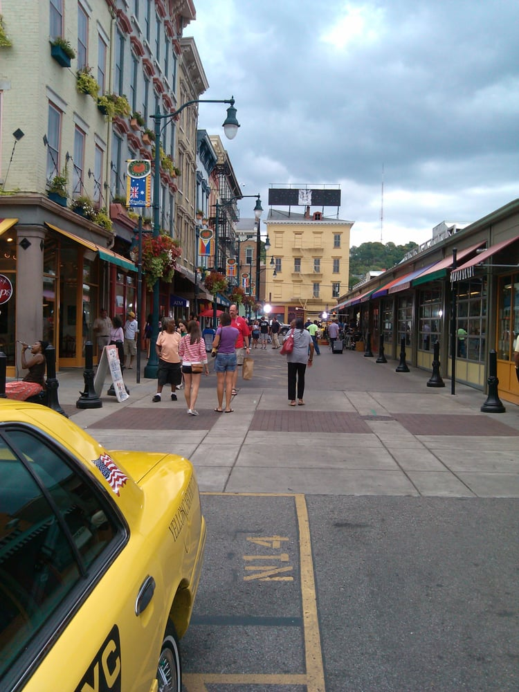 AAA Yellow Cab: 2715 Harris Ave, Cincinnati, OH