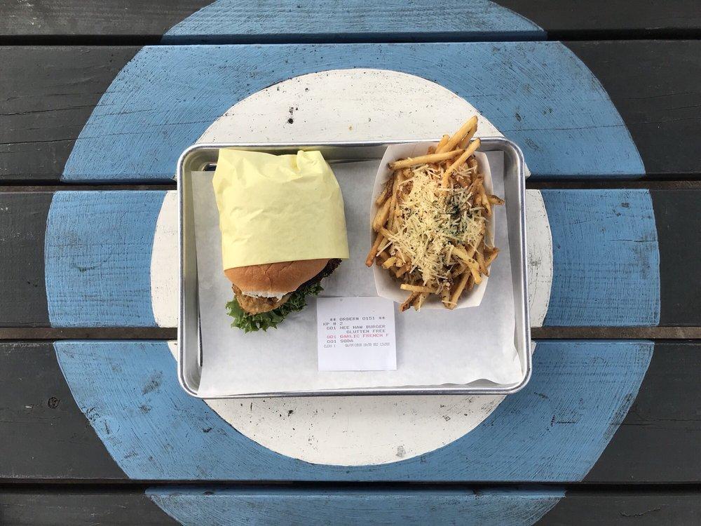 Willy Burger: 6191 Hwy Blvd, Katy, TX