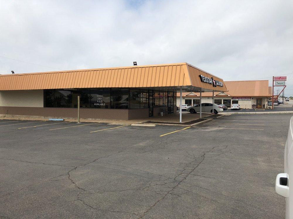 Texstar Laundry: 410 W Young St, Llano, TX