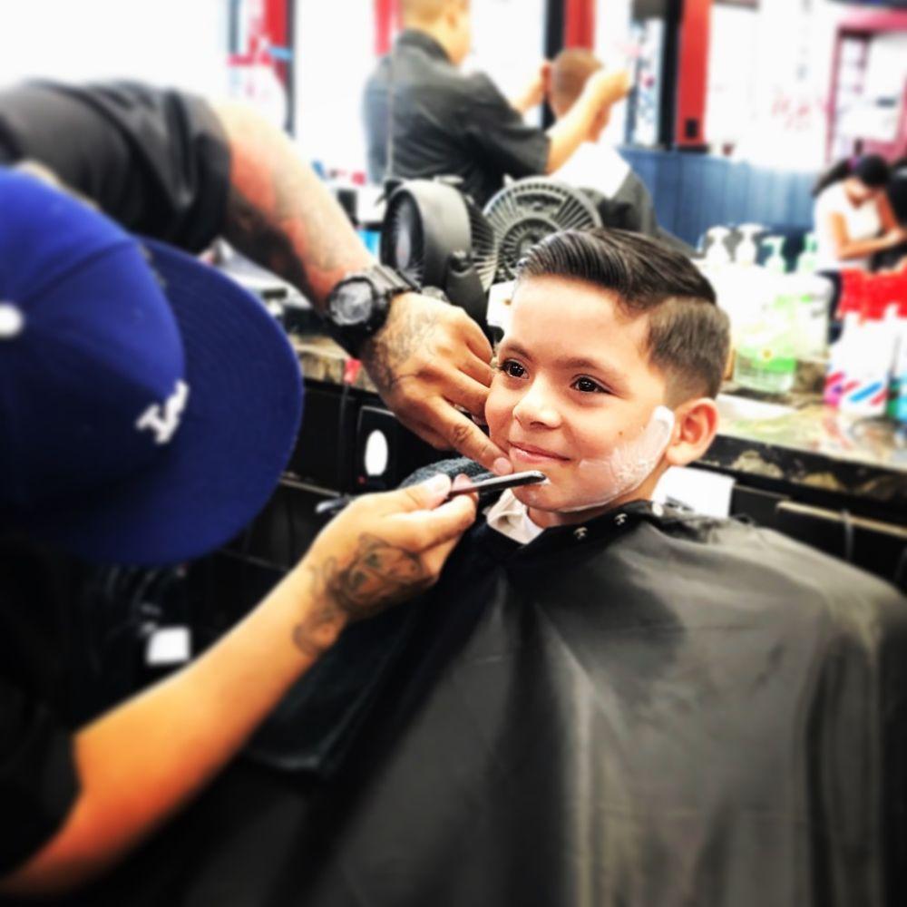The Barber Shoppe: 31575 Castaic Rd, Santa Clarita, CA