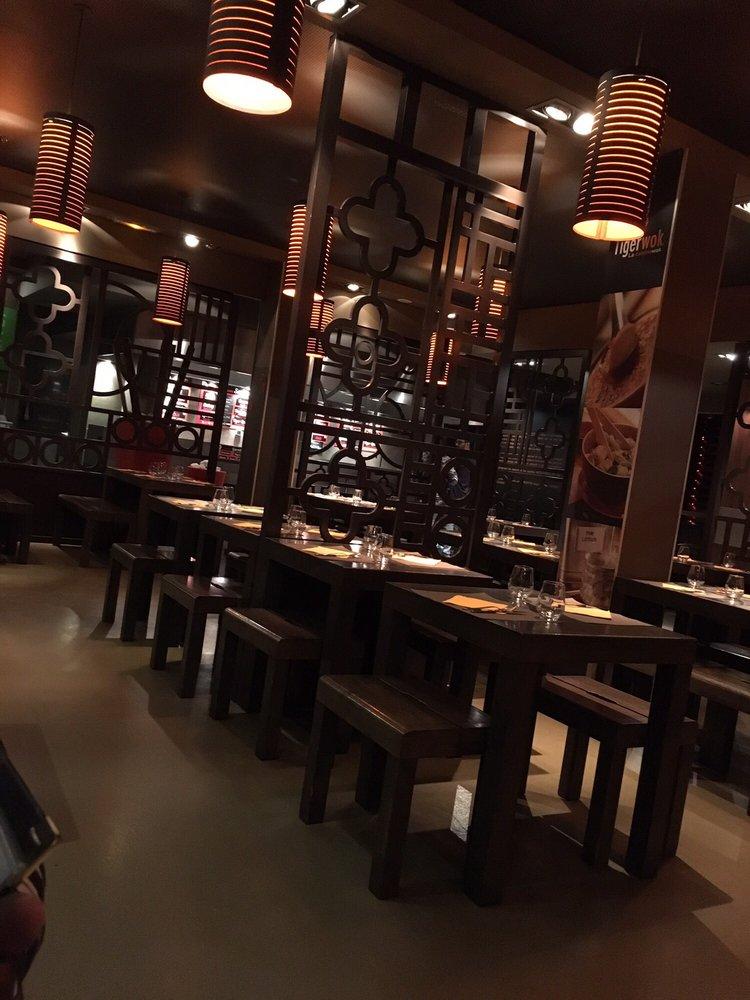 tiger wok 23 photos 76 reviews wok 8 rue challemel lacour gerland lyon france. Black Bedroom Furniture Sets. Home Design Ideas