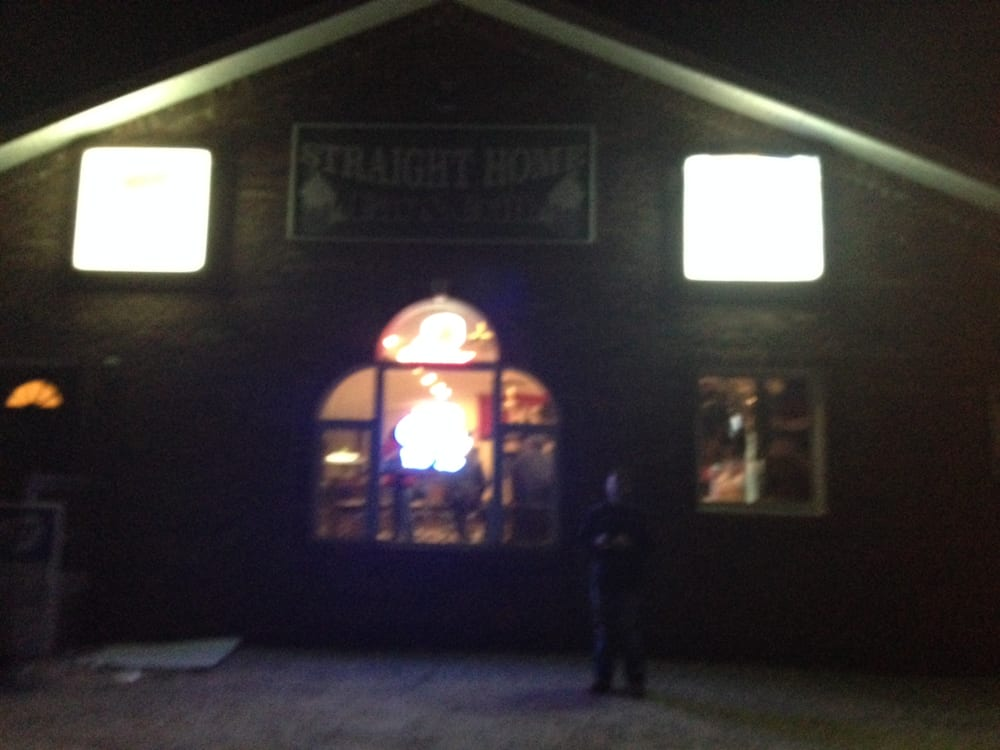 Straight Home Bar & Grill: RR 2, Hardin, IL