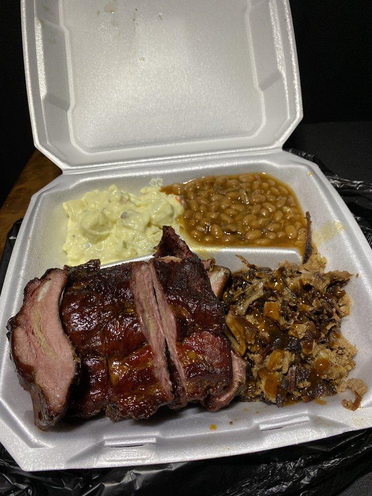 Mr. D's BBQ: 390 Leary Rd, Texarkana, TX
