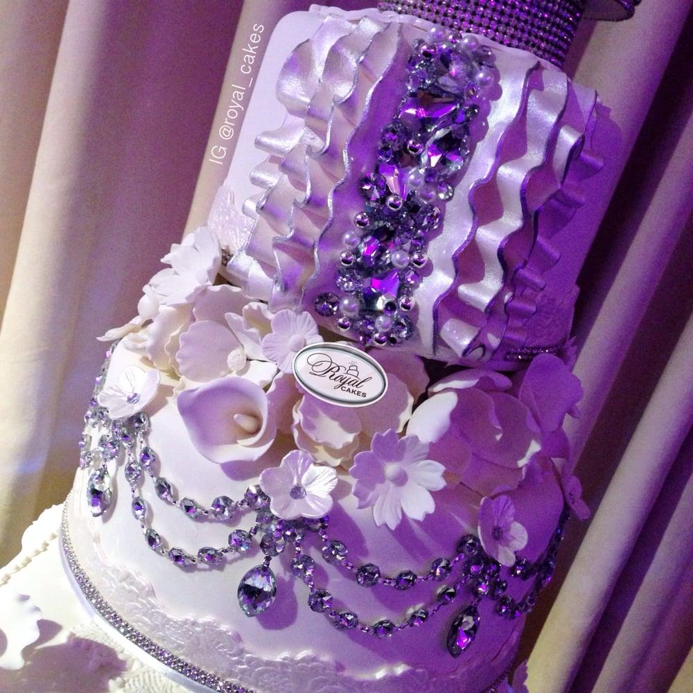 Bling Bling Wedding Cake. Royal Cakes Wedding Cake, Los