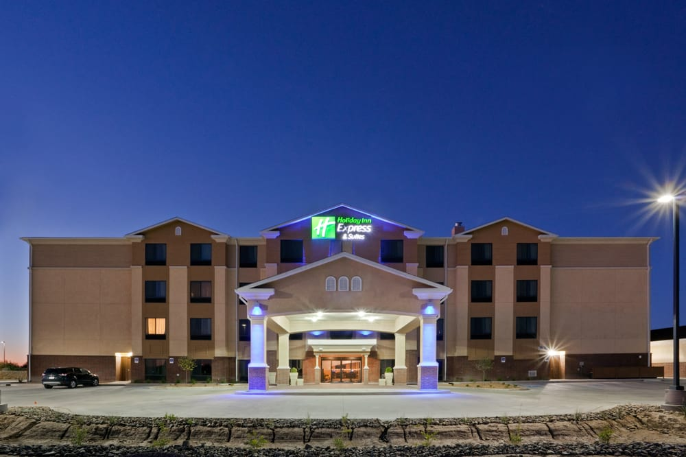 Holiday Inn Express & Suites Deming Mimbres Valley: 3801 E Cedar St, Deming, NM