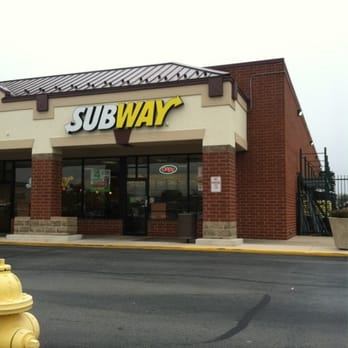 Subway 10 Reviews Sandwiches 812 W Army Trail Rd