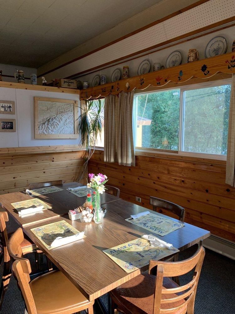 Swiss Alaska Inn: 22056 S F St, Talkeetna, AK