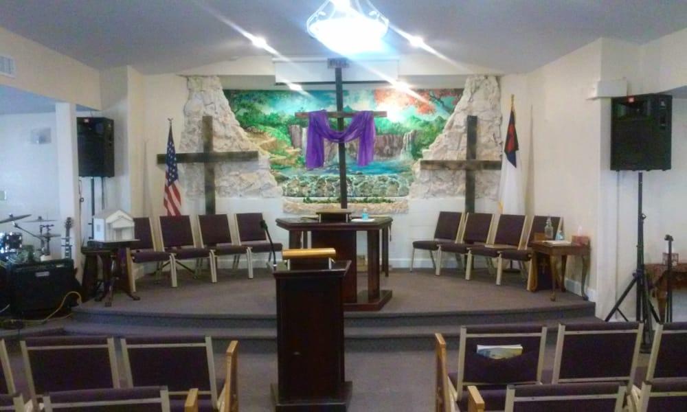 Iglesia Restauracion Cristiana: 2237 Linsey St, Tampa, FL