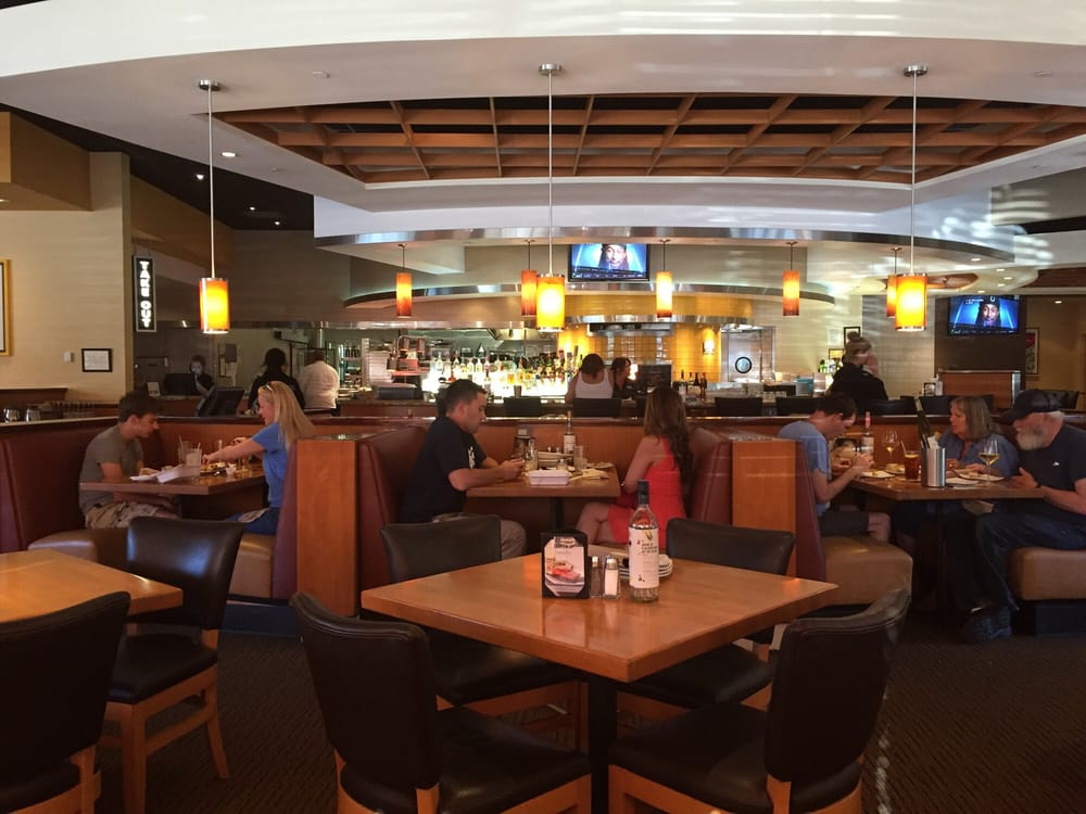 California Pizza Kitchen At Del Monte Monterey Ca