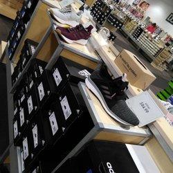 5b0d6a09df3 DSW Designer Shoe Warehouse - 25 Photos   16 Reviews - Shoe Stores ...