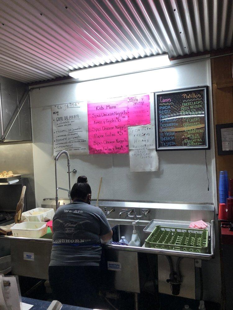 El Señor Restaurant: 613 State Hwy 31 E, Kilgore, TX