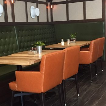 Plank Bar Kitchen Naperville