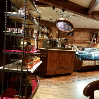 La Madeleine French Bakery  Cafe -   Reviews