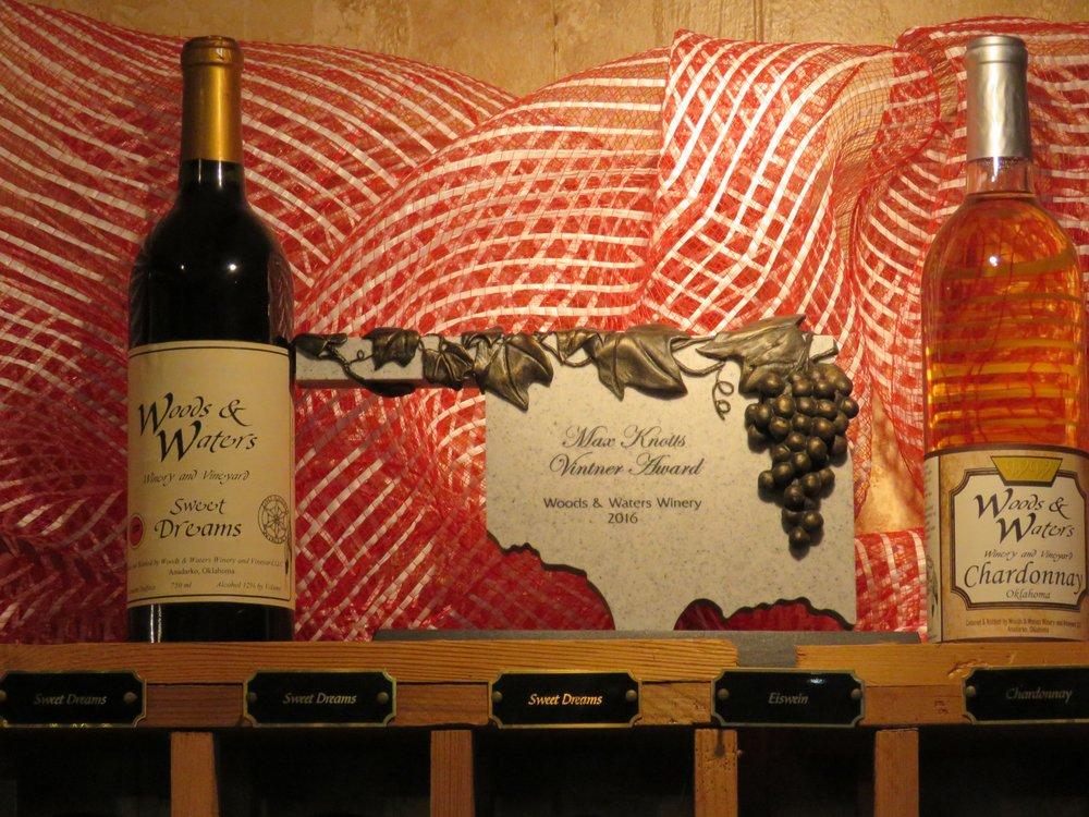 Woods & Waters Winery & Vineyard: 17153 County Rd E1380, Anadarko, OK