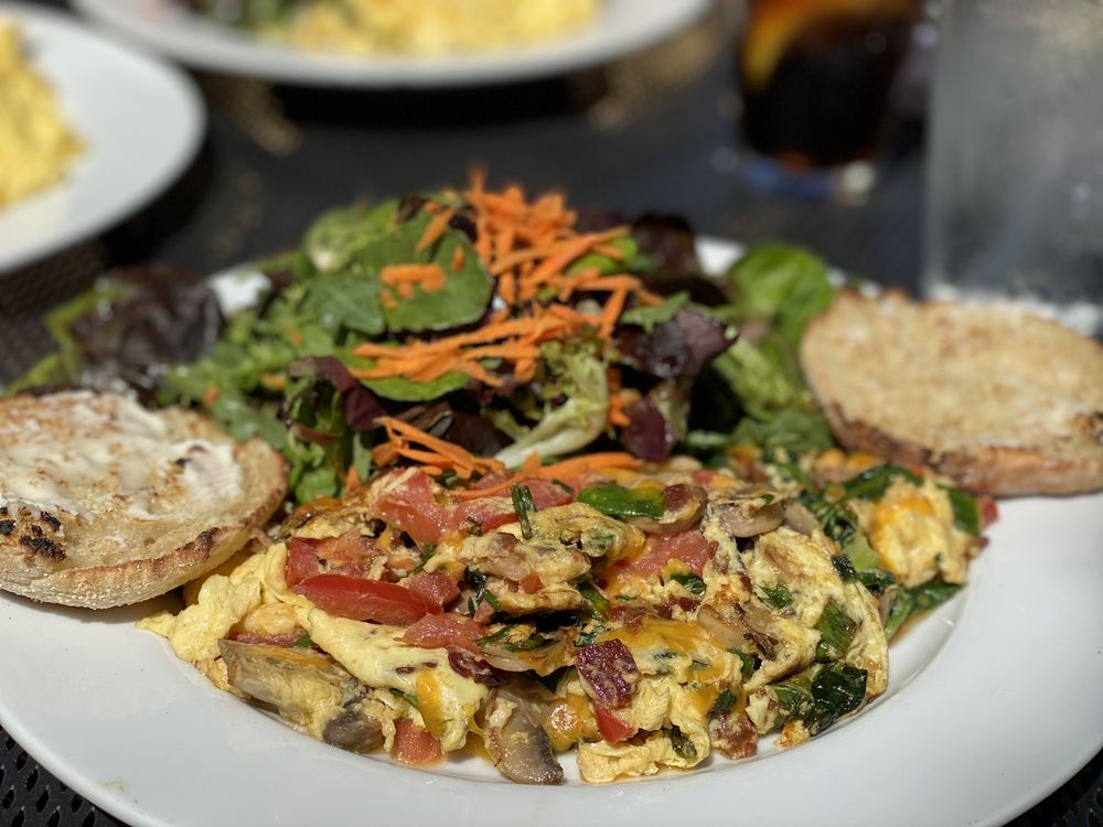 Grazie Restaurant: 823 Grant Ave, Novato, CA