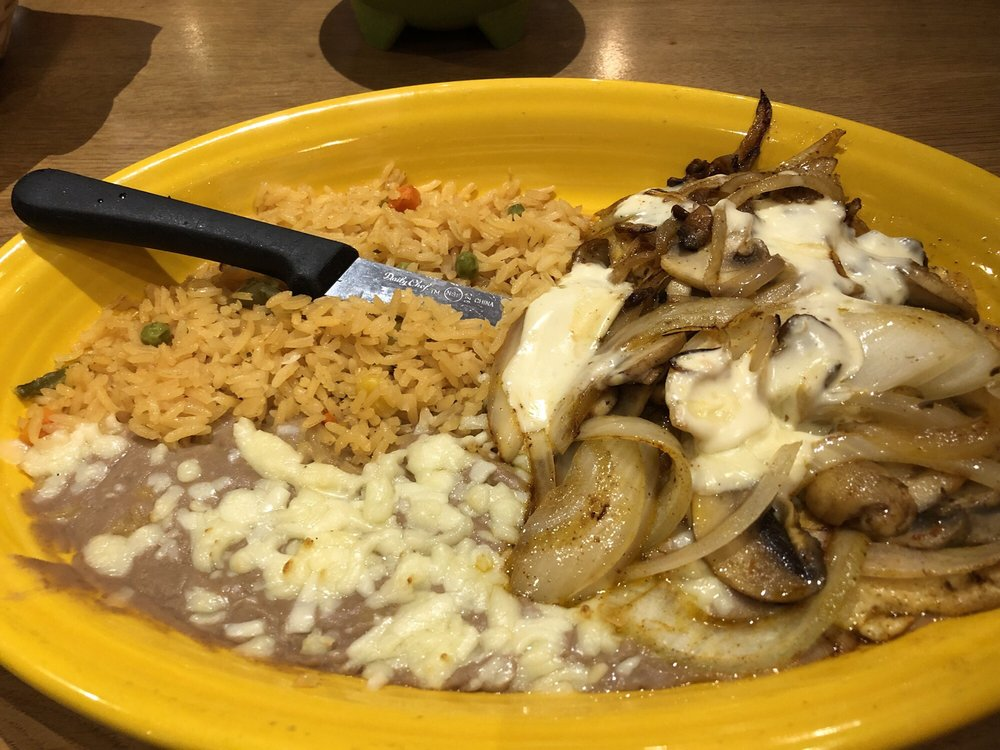 Picante Mexican Grille: 6543 State Rt 22, Delmont, PA