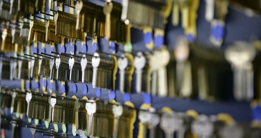 Dave's Locksmith Service: 506 Maiden Ct, Middletown, DE