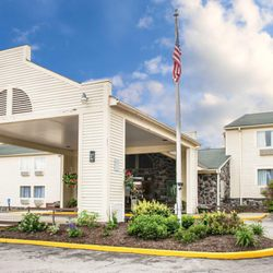 Photo Of Quality Inn New Castle Pa United States