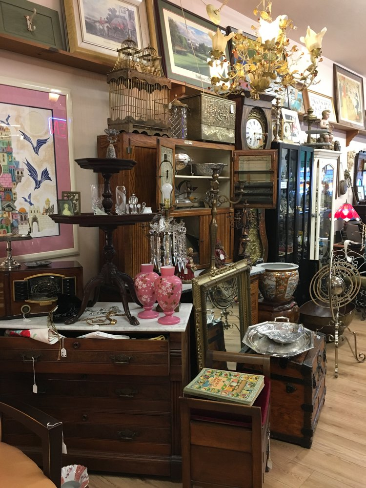 Photo Of Retro Relics Los Angeles Ca United States Primitives And Victorian