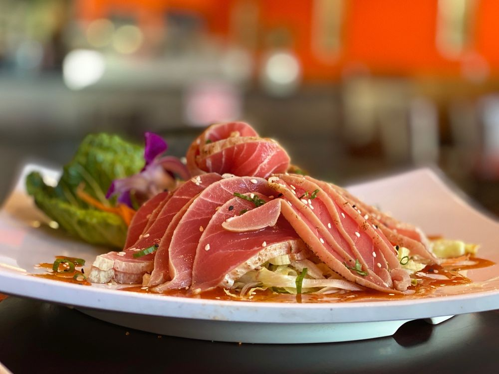 Thai Yo Sushi: 106 N Molalla Ave, Molalla, OR