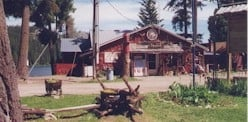 Bonaparte Lake Resort & Restaurant: 219 Bonaparte Lake Rd, Tonasket, WA