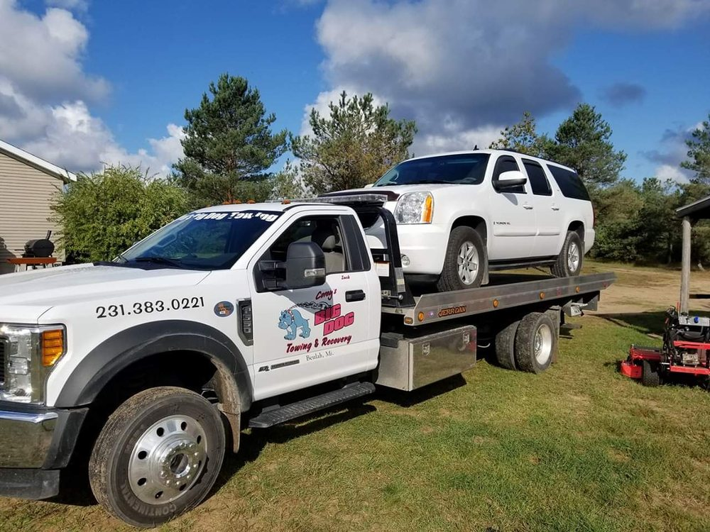 Corey's Big Dog Towing and Recovery: 250 S Pine Tree Ln, Beulah, MI