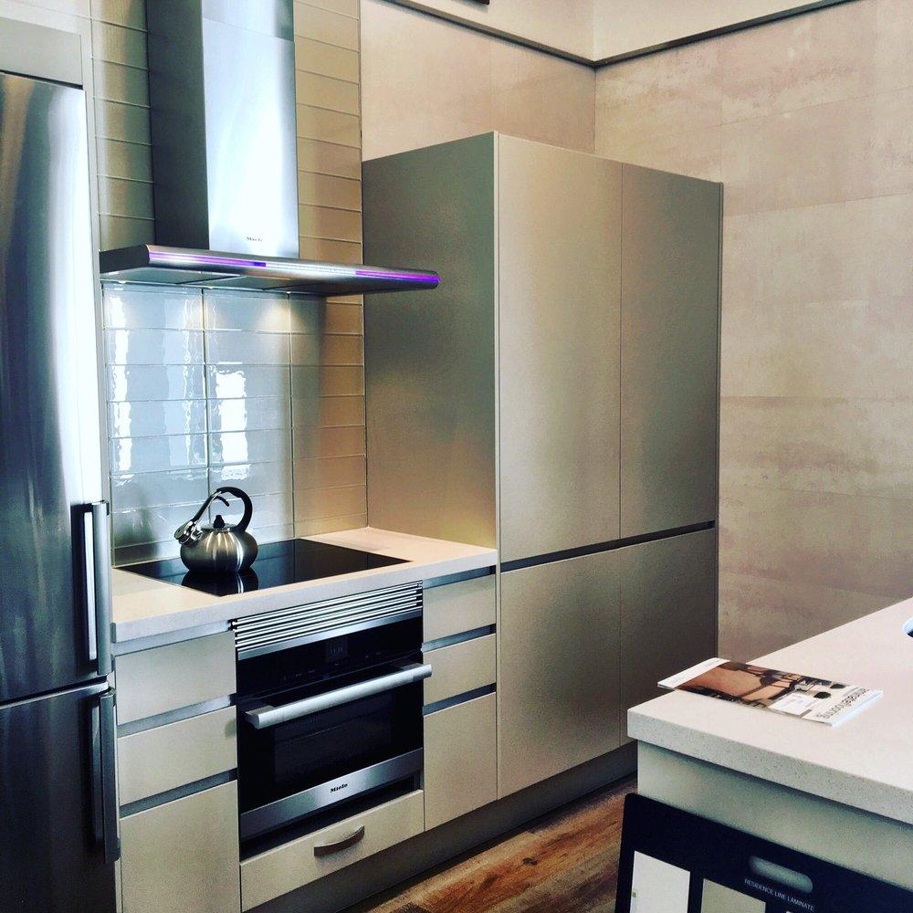 Sensational Porcelanosa 95 Photos 162 Reviews Kitchen Bath 391 Home Interior And Landscaping Spoatsignezvosmurscom