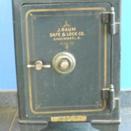 California Safe Outlet - 10 Photos - Safe Stores - 26019