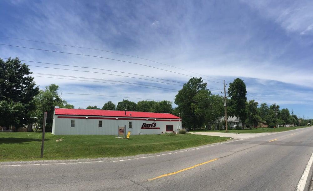 Dave's Collision Center: 2040 N Illinois Ave, Carbondale, IL