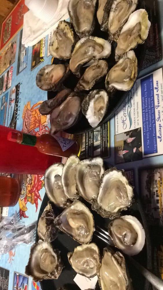 Hunt's Oyster Bar & Seafood Restaurant