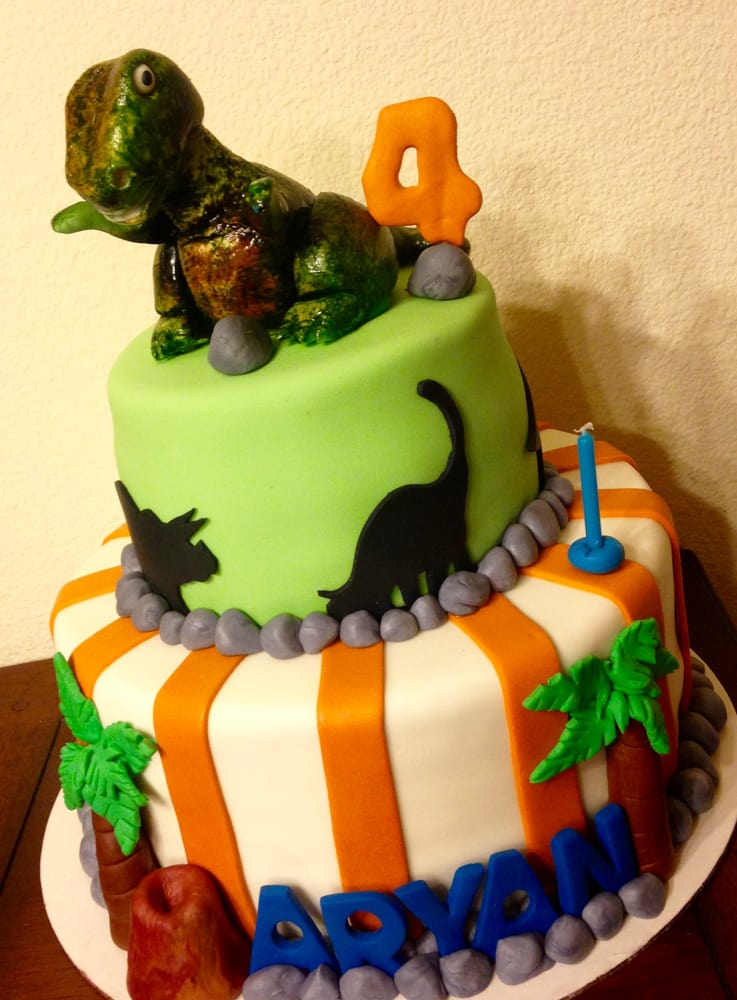 Trex Cake Only for Kids who really love Dinosaurs Yelp