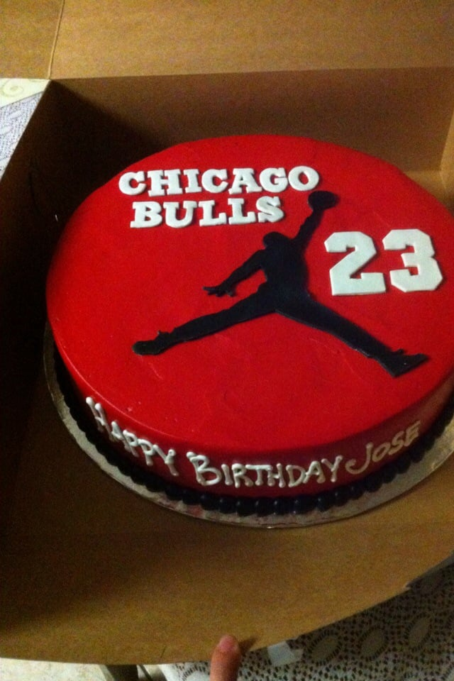 Pictures Of Chicago Bulls Birthday Cakes