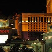 Место нахождения казино аладдин сколько стоит сходить в казино