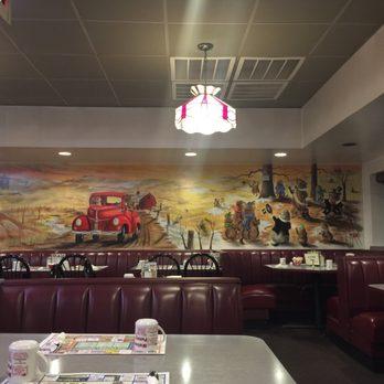 Photo Of Punxy Phil S Family Restaurant Punxsutawney Pa United States Inside