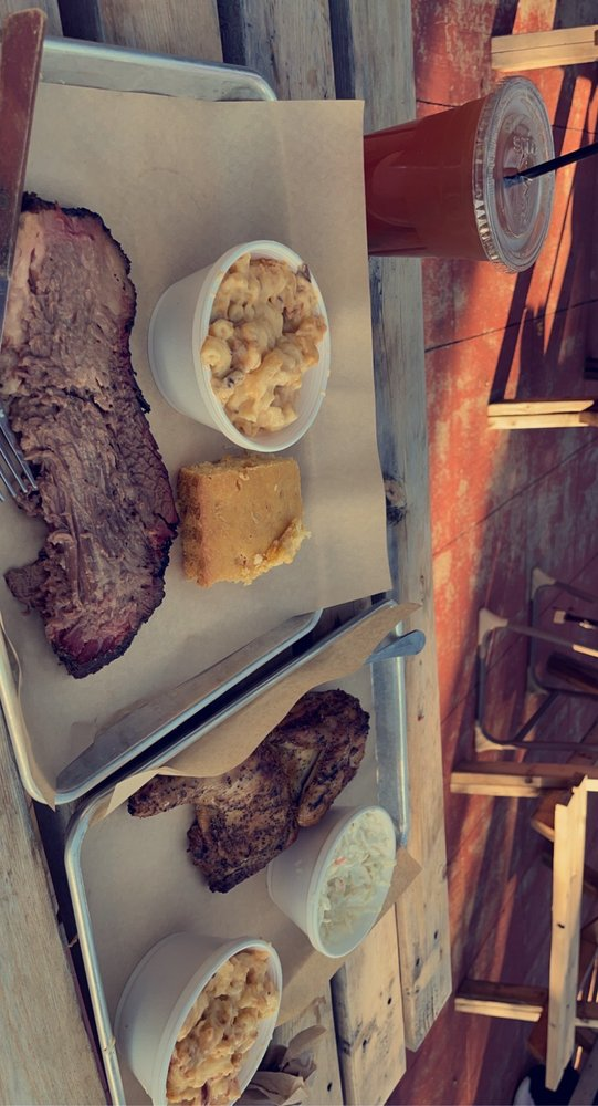 KRB's Klingers Real BBQ: W7304 Fairway View Dr., Wautoma, WI
