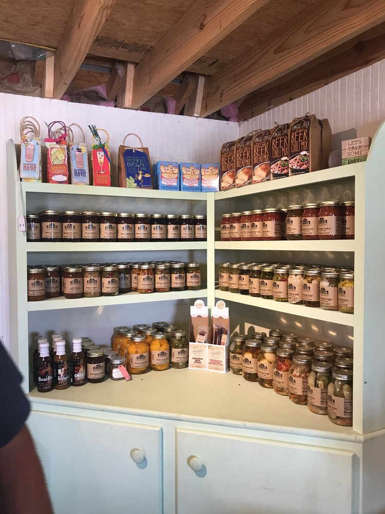 Fahrmeiers' Markets: 8977 County Farm Rd, Lexington, MO