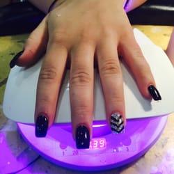 New york nails spa nail salons 110 beaver valley for Acrylic nail salon nyc