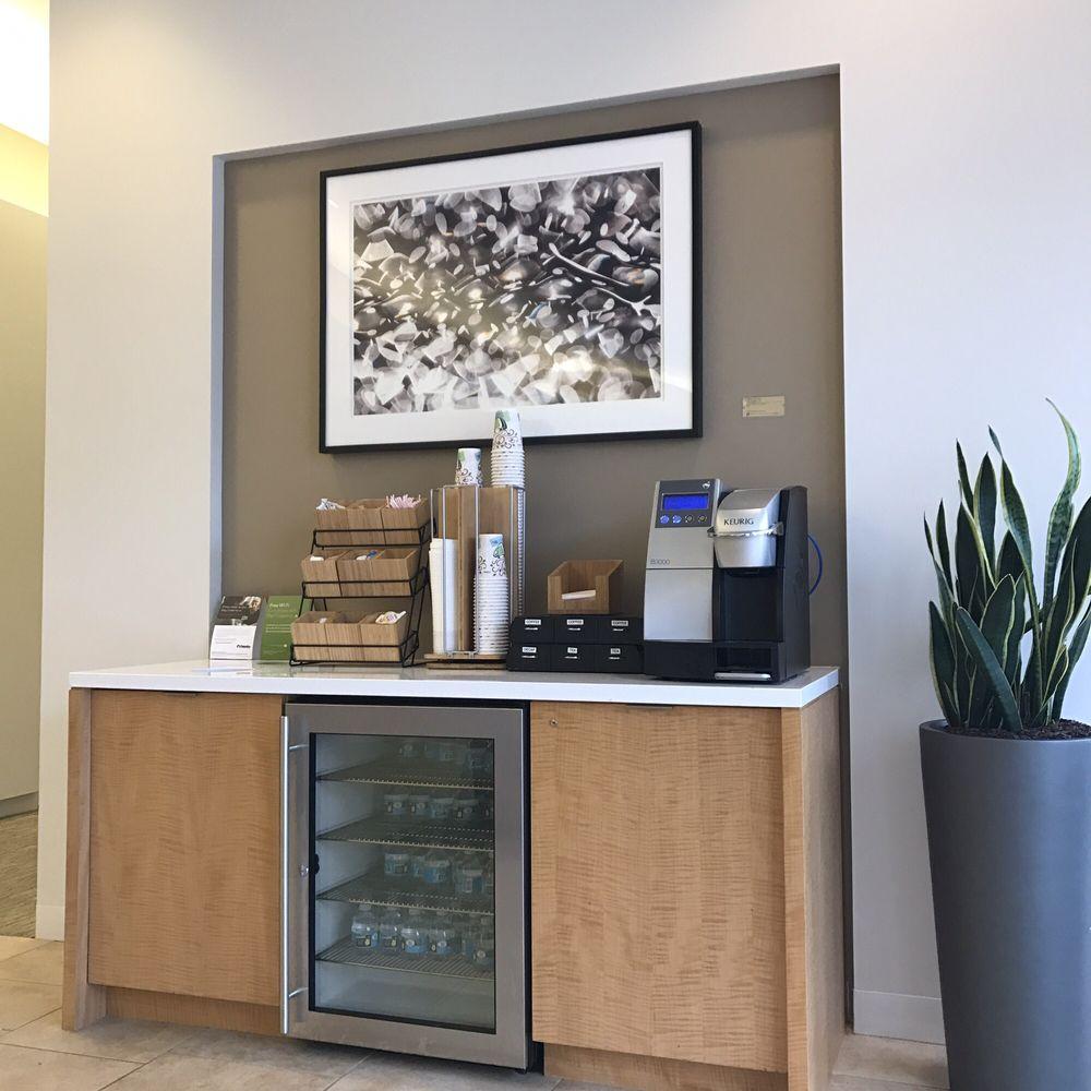 Fidelity Investment Center: 815 E Birch St, Brea, CA