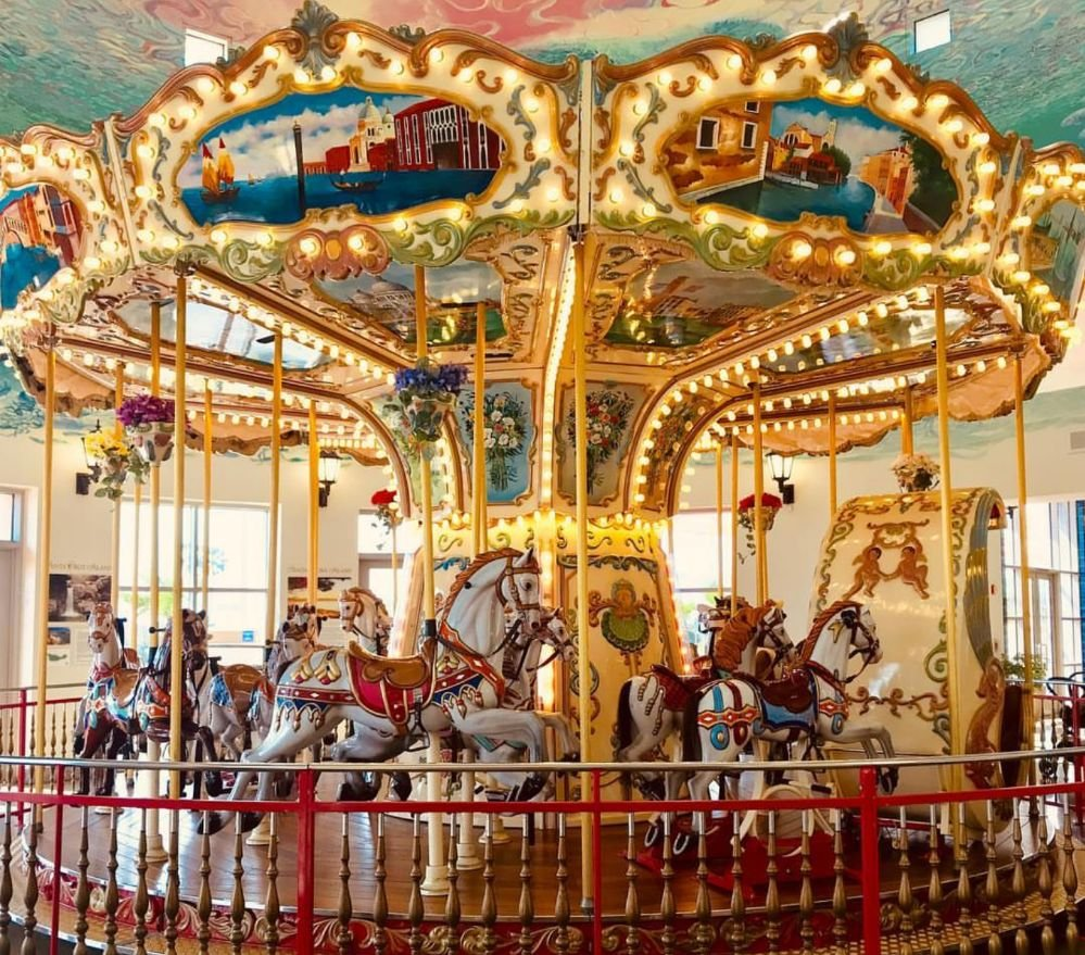 Island Carousel: 3301 E Main St, Ventura, CA