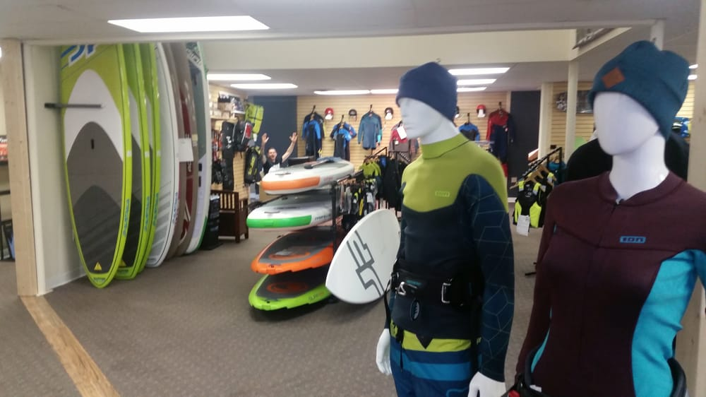 Mackite Boardsports Center: 16881 Hayes St, Grand Haven, MI