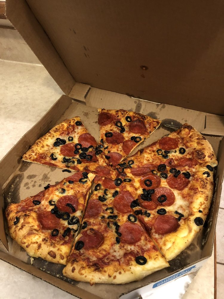Domino's Pizza: 201 S Elm Ave, Eaton, CO