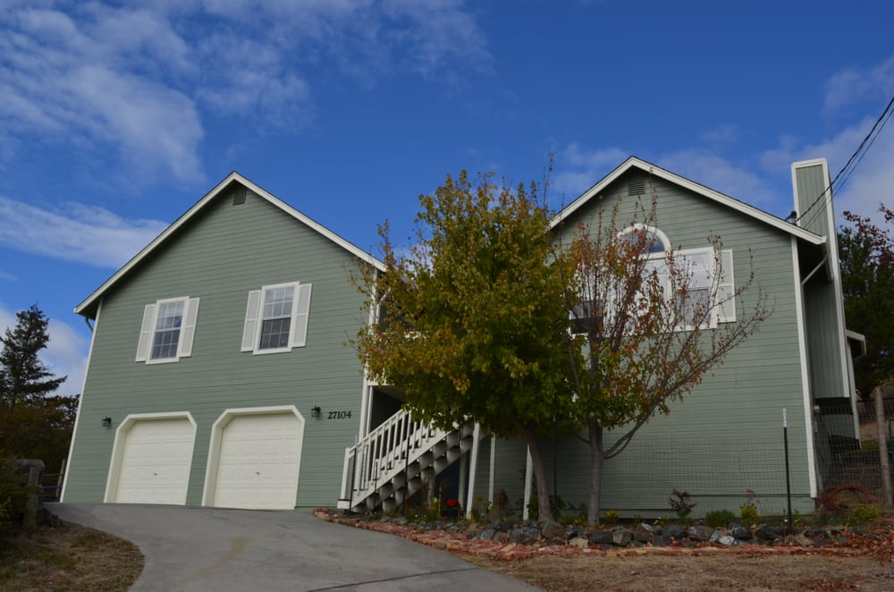 Erin Corley - Realty World Selzer Realty   551 S Orchard Ave, Ukiah, CA, 95482   +1 (707) 354-0954