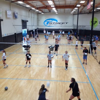 Tstreet Volleyball Club - 19 Photos & 14 Reviews - Amateur Sports