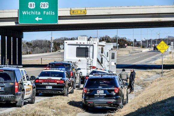 Kemp's Wrecker Service: 171 Fm 2264, Decatur, TX