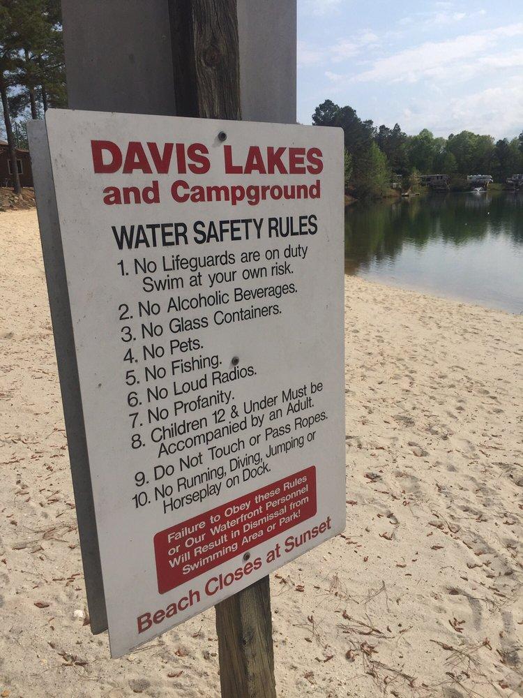 Davis Lakes Campground