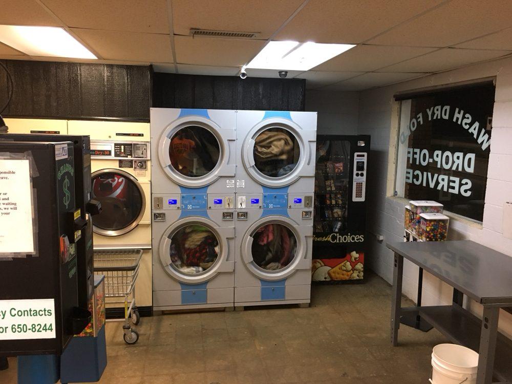 Robin's Laundromat: 902 S B St, Easley, SC