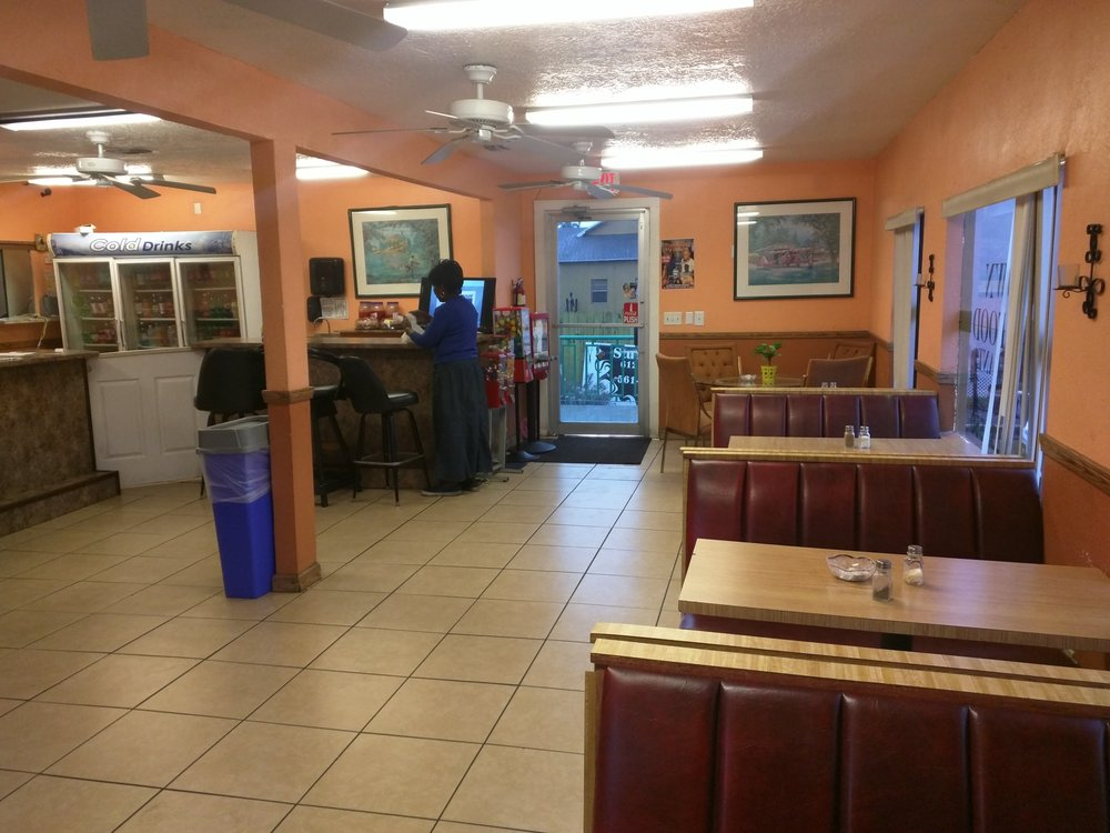 Brown's Restaurant: 612 S Main St, Belle Glade, FL